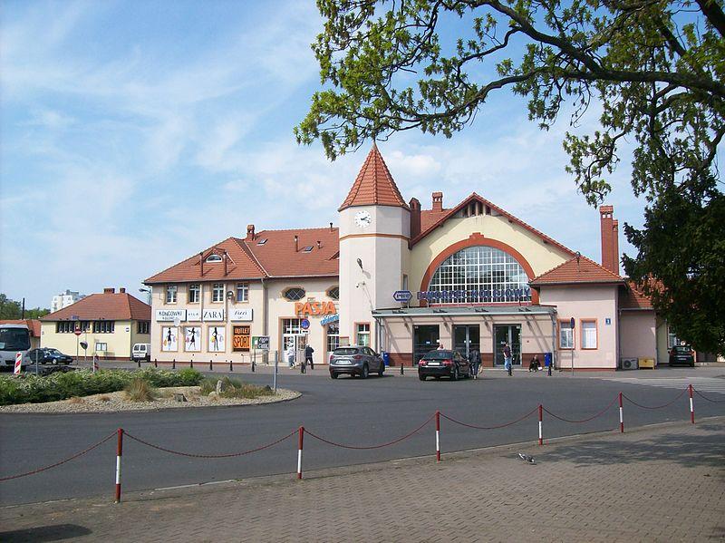 Jak dojechać do Kołobrzegu pociągiem - dworzec kolejowy w Kołobrzegu
