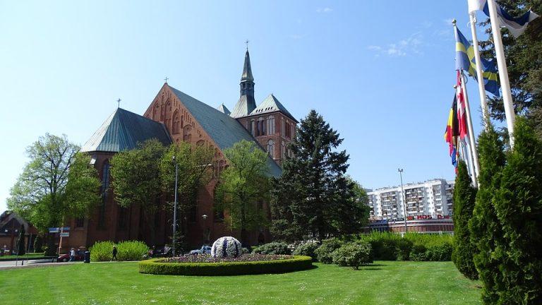 Zwiedzanie Bazyliki Mariackiej w Kołobrzegu